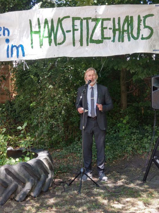 Dierk Trispel (Bezirksamtsleiter Hamburg Harburg) auf dem Sommerfest des Hans Fitze-Hauses